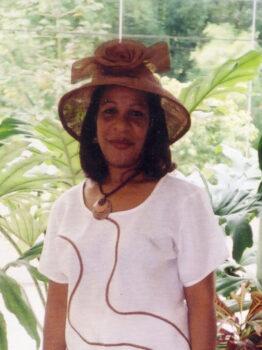 Angela Mendez Crop